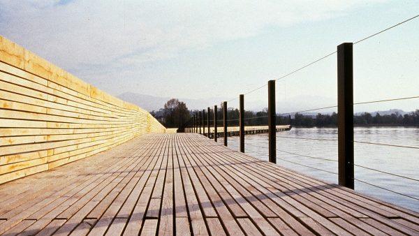 Holzsteg (Pilgerweg) zwischen Rapperswil und Hurden. © Sarah Gaffuri