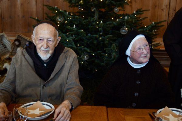 Br. Oktavian mit seiner leiblichen Schwester Nicola (Bild: Br. Karl Flury)