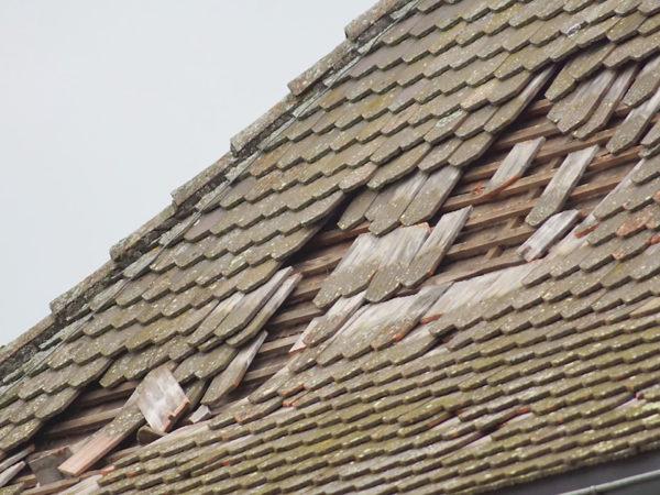 2018.01.04.Beschaedigtes-Dach