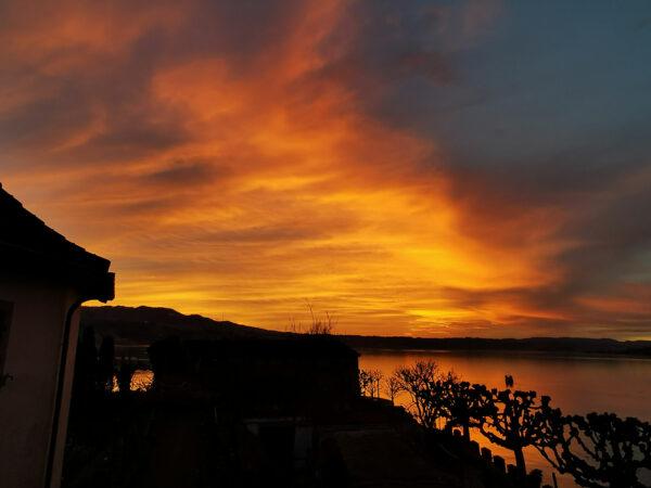 Blick von der Terrasse zum See Sonnenuntergang 2020-02-22-18.08_von_Adrian_Müller
