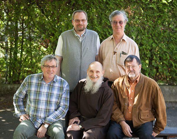 vlnr: Boris Muther, Marcel Durrer, unten: Damian Keller, Agostino Del-Pietro (Provinzial), Bruno Fäh
