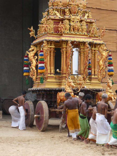Heiliger Wagen im Hindu-Tempel in Jaffna © Stefan Rüde