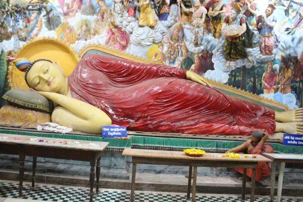 Liegender Buddha in Negombo © Stefan Rüde