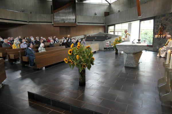 Gottesdienst mit Mauro Jöhri (ehemaliger Gerneraloberer) und Josef Haselbach (Provinzial) © Beat Baumgartner